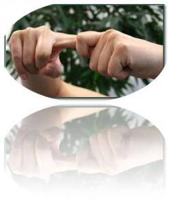 Немеют кисти и пальцы рук